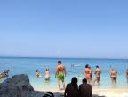 Plaża Xigia - naturalne spa siarkowe na Zakynthos - plaża żwirkowa